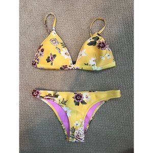 Other - yellow floral triangl set